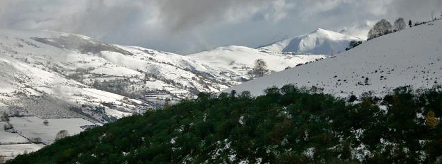 Visítanos también en invierno, los paisajes son bellísimos también con nieve.