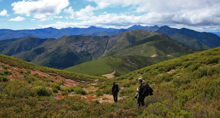Las montañas del parque natural de Fuentes del Narcea, Degaña e Ibias, el mayor espacio natural protegido de Asturias.